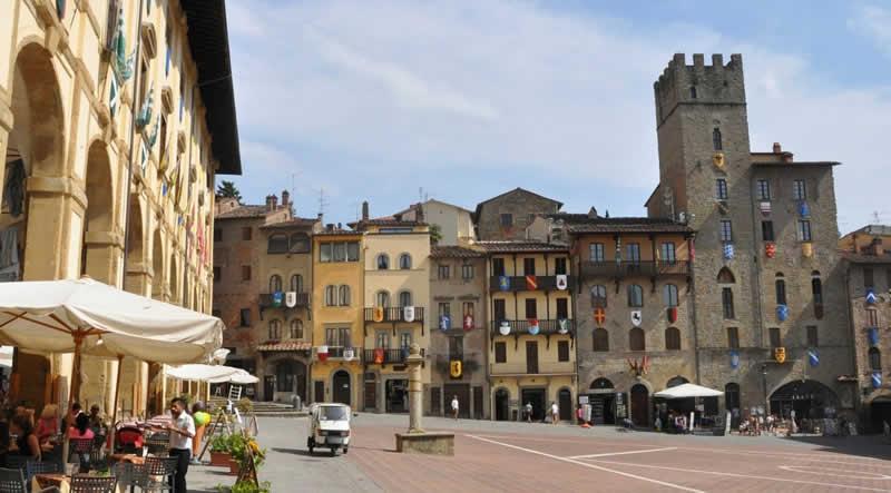 Viajar a Arezzo
